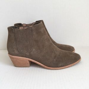 Joie Barlow Taupe Tan Suede Ankle Boots